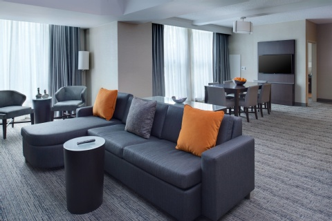 CHICAGO MARRIOTT SUITES OHARE, IL 60018 near Ohare International Airport View Point 7
