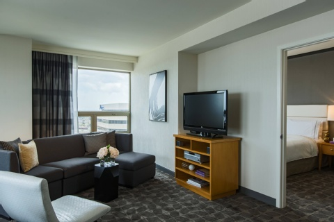 Renaissance Chicago O'Hare Suites Hotel, IL 60631 near Ohare International Airport View Point 10