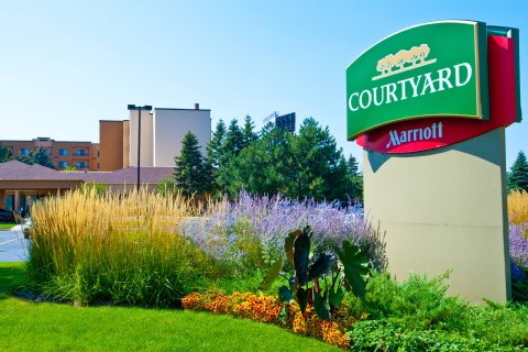 Courtyard by Marriott Chicago O'Hare, IL 60018 near Ohare International Airport View Point 1