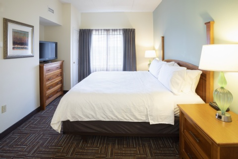 Staybridge Suites Minneapolis-Bloomington, MN 55437 near Minneapolis-saint Paul International Airport (wold-chamberlain Field) View Point 4