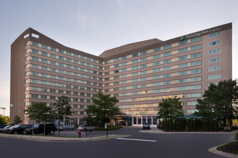 Holiday Inn and Suites Chicago O'Hare-Rosemont Hotel, IL 60018 near Ohare International Airport View Point 1