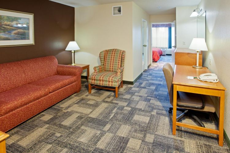 Country Inn & Suites by Radisson, Chicago O'Hare South, IL, IL 60106 near Ohare International Airport View Point 3