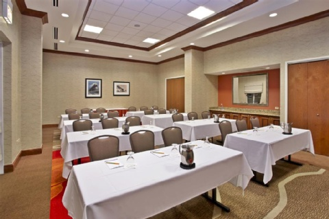 Hilton Garden Inn Chicago/Midway Airport, IL 60638 near Midway International Airport View Point 15