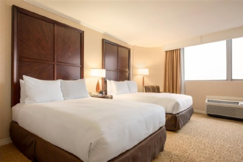 Hilton Chicago/Oak Lawn, IL 60453 near Midway International Airport View Point 3