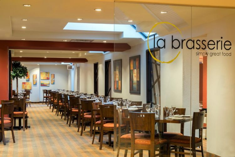 Crowne Plaza Toronto Airport , ON M9W 6H5 near Toronto Pearson International Airport View Point 7