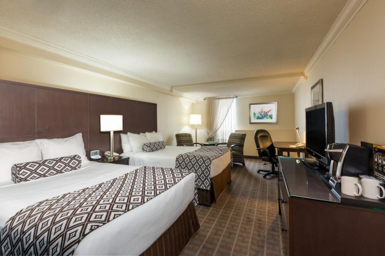 Crowne Plaza Toronto Airport , ON M9W 6H5 near Toronto Pearson International Airport View Point 10