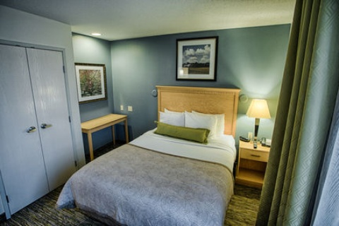 Candlewood Suites Fargo-N. Dakota State Univ., ND 58102 near Hector International Airport View Point 8