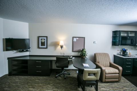 Candlewood Suites Fargo-N. Dakota State Univ., ND 58102 near Hector International Airport View Point 5