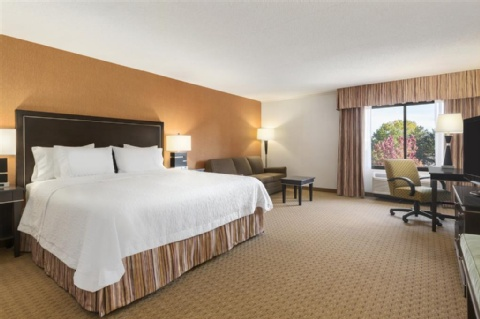 Hampton Inn Portland-Airport, OR 97220 near Portland International Airport View Point 7