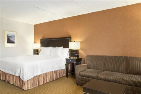 Hampton Inn Portland-Airport, OR 97220 near Portland International Airport View Point 6