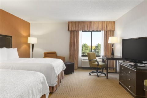 Hampton Inn Portland-Airport, OR 97220 near Portland International Airport View Point 5