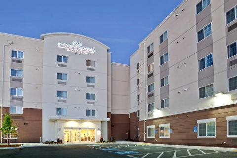 Candlewood Suites Portland-Airport, OR 97220 near Portland International Airport View Point 1