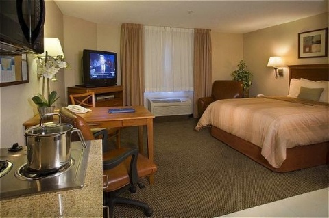 Candlewood Suites Portland-Airport, OR 97220 near Portland International Airport View Point 20