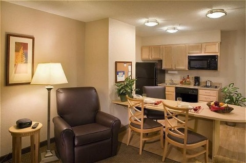 Candlewood Suites Portland-Airport, OR 97220 near Portland International Airport View Point 18