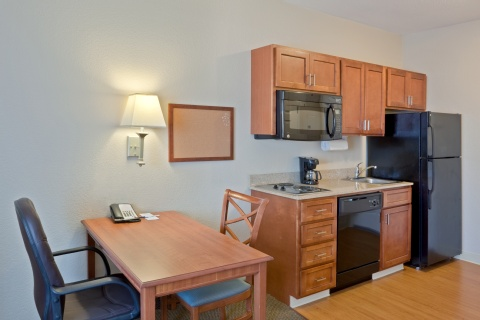 Candlewood Suites Portland-Airport, OR 97220 near Portland International Airport View Point 16