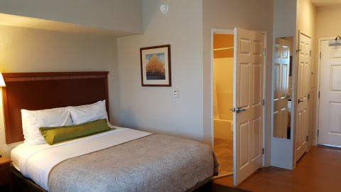 Candlewood Suites Portland-Airport, OR 97220 near Portland International Airport View Point 13