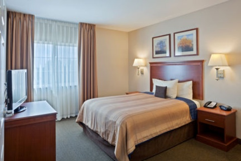 Candlewood Suites Portland-Airport, OR 97220 near Portland International Airport View Point 10