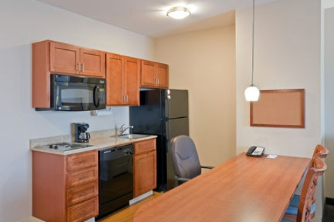 Candlewood Suites Portland-Airport, OR 97220 near Portland International Airport View Point 5