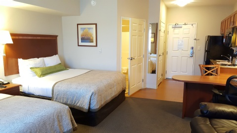 Candlewood Suites Portland-Airport, OR 97220 near Portland International Airport View Point 3