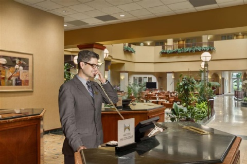 Embassy Suites by Hilton Portland Airport, OR 97220 near Portland International Airport View Point 14