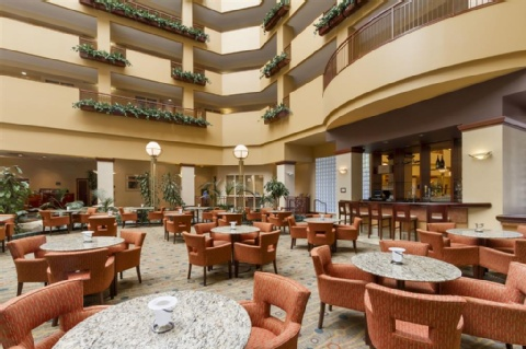 Embassy Suites by Hilton Portland Airport, OR 97220 near Portland International Airport View Point 9