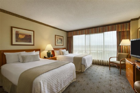 Embassy Suites by Hilton Portland Airport, OR 97220 near Portland International Airport View Point 4