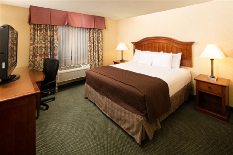 Red Lion Hotel Portland Airport, OR 97220 near Portland International Airport View Point 16