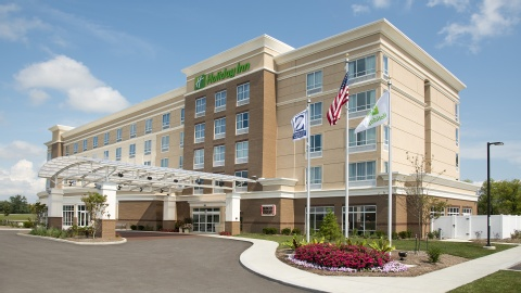 Holiday Inn Indianapolis Airport Hotel, IN 46241 near Indianapolis International Airport View Point 1