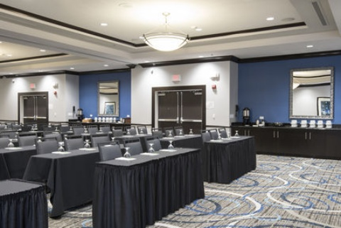 Holiday Inn Indianapolis Airport Hotel, IN 46241 near Indianapolis International Airport View Point 19