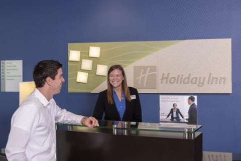 Holiday Inn Indianapolis Airport Hotel, IN 46241 near Indianapolis International Airport View Point 13
