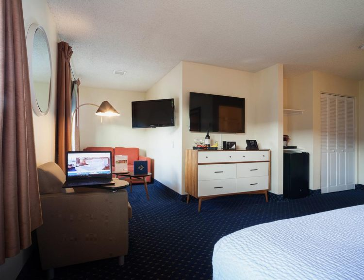 Hotel Focus SFO, CA 94080 near San Francisco International Airport View Point 7