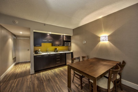 Holiday Inn Montreal Airport, QC H4T1E3 near Montreal-Pierre Elliott Trudeau Int. Airport View Point 20