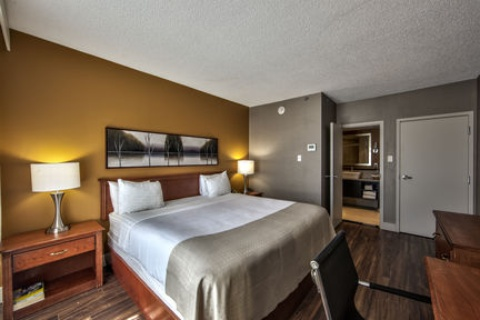 Holiday Inn Montreal Airport, QC H4T1E3 near Montreal-Pierre Elliott Trudeau Int. Airport View Point 16