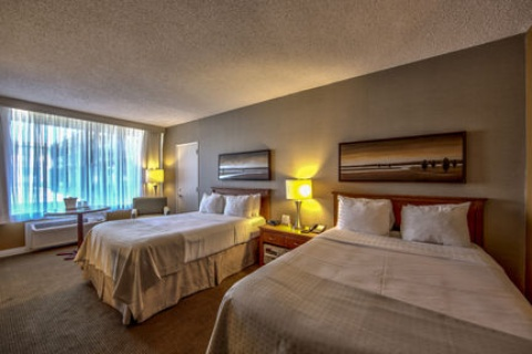 Holiday Inn Montreal Airport, QC H4T1E3 near Montreal-Pierre Elliott Trudeau Int. Airport View Point 15