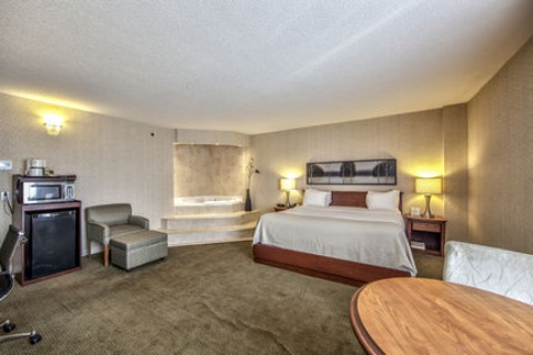Holiday Inn Montreal Airport, QC H4T1E3 near Montreal-Pierre Elliott Trudeau Int. Airport View Point 14