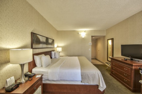Holiday Inn Montreal Airport, QC H4T1E3 near Montreal-Pierre Elliott Trudeau Int. Airport View Point 13