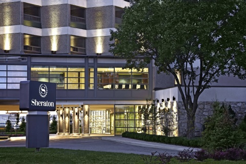Sheraton Montreal Airport Hotel, QC H9P 1B7 near Montreal-Pierre Elliott Trudeau Int. Airport View Point 1