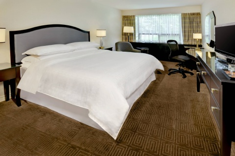 Sheraton Montreal Airport Hotel, QC H9P 1B7 near Montreal-Pierre Elliott Trudeau Int. Airport View Point 4