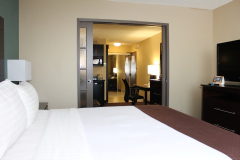 Holiday Inn Hotel & Suites Pointe-Claire Montreal Airport, QC H9R1C2 near Montreal-Pierre Elliott Trudeau Int. Airport View Point 7