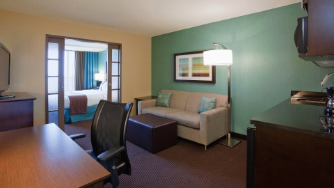 Holiday Inn Hotel & Suites Pointe-Claire Montreal Airport, QC H9R1C2 near Montreal-Pierre Elliott Trudeau Int. Airport View Point 6
