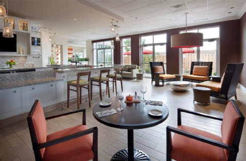 Hilton Garden Inn Montreal Airport, QC H4T 1E7 near Montreal-Pierre Elliott Trudeau Int. Airport View Point 17
