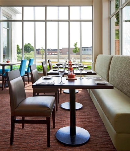 Hilton Garden Inn Montreal Airport, QC H4T 1E7 near Montreal-Pierre Elliott Trudeau Int. Airport View Point 11