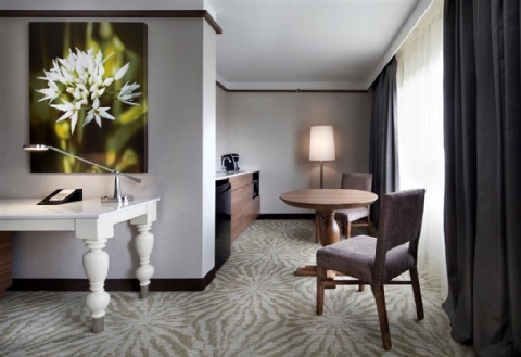 Hilton Garden Inn Montreal Airport, QC H4T 1E7 near Montreal-Pierre Elliott Trudeau Int. Airport View Point 8
