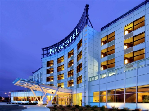 Hotel Novotel Montreal Aeroport, QC H4S 2G1 near Montreal-Pierre Elliott Trudeau Int. Airport View Point 1