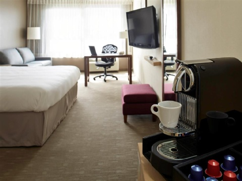 Hotel Novotel Montreal Aeroport, QC H4S 2G1 near Montreal-Pierre Elliott Trudeau Int. Airport View Point 12