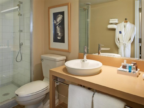 Hotel Novotel Montreal Aeroport, QC H4S 2G1 near Montreal-Pierre Elliott Trudeau Int. Airport View Point 8