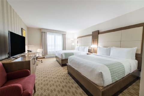 Wyndham Garden Calgary Airport, AB T3J 0T4 near Calgary International Airport View Point 4
