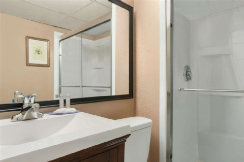 Travelodge by Wyndham Calgary International Airport South, AB T1Y 3C2 near Calgary International Airport View Point 9
