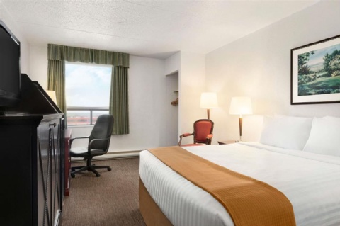 Travelodge by Wyndham Calgary International Airport South, AB T1Y 3C2 near Calgary International Airport View Point 4