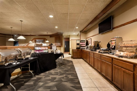 Ramada by Wyndham Fargo, ND 58103 near Hector International Airport View Point 16